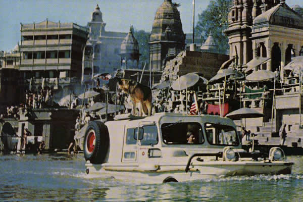 1960-10-national-geographic-ganges1