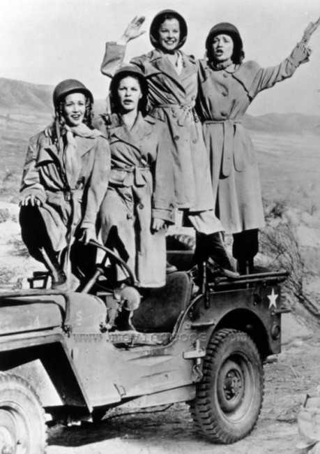 carole-landis-four-jills-in-a-jeep