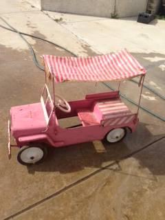 hamilton-surrey-pink-jeep1