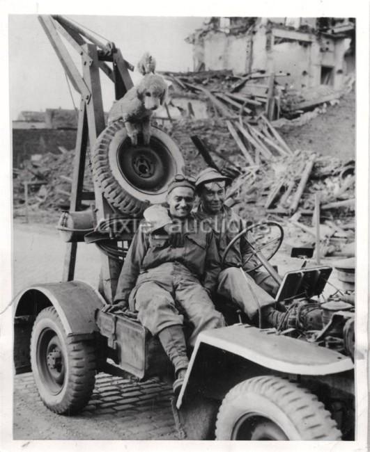 1945-04-06-wrecker1