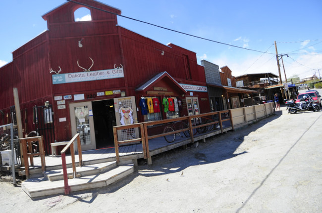 2014-04-02-kingman-route-66-oatman2