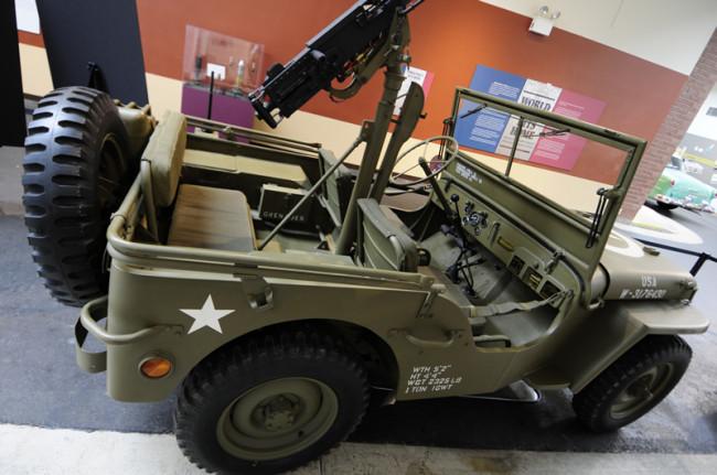 2014-04-24-museum-jeep