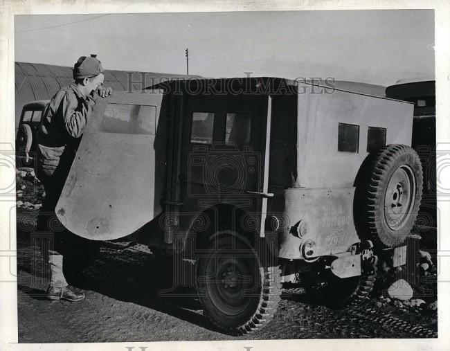 1942-06-01-iceland-customtop1
