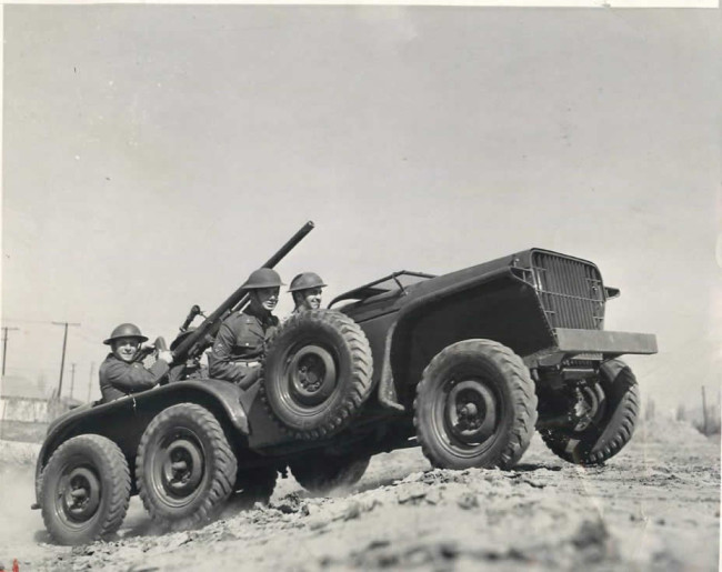 1942-03-08-mt-tug-pressphoto1