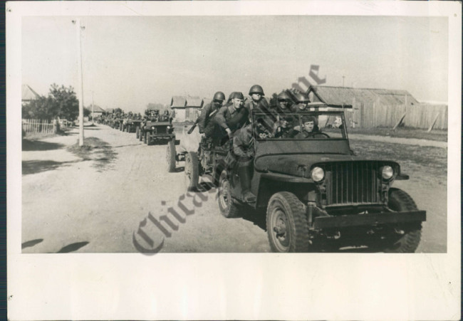1943-russia-jeeps1