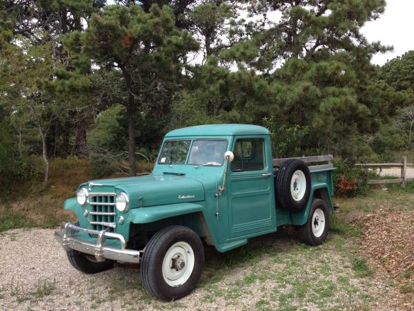 1952-truck-nantucket-ma