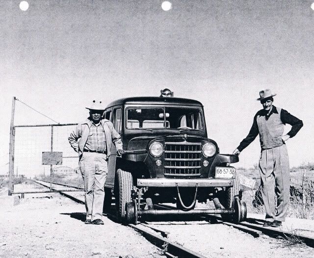 willys-hi-rail-wagon-southern-pacific-freerails_com