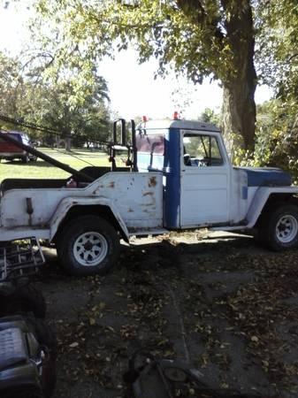 1955-truck-tow-wrecker-merrill-mi