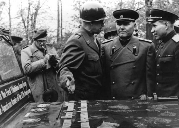1945-05-05-omar-bradley-russian-army-jeep-gift8