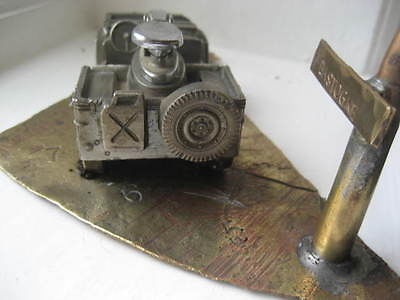 jeep-lighter-with-stand2