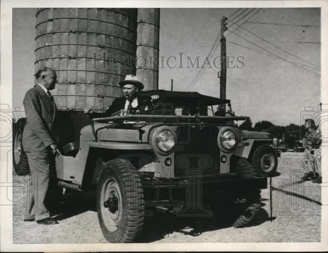 1945-09-29-first-jeep-buy1