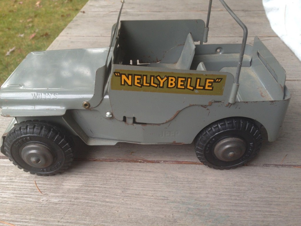 nelly-belly-marx-jeep3