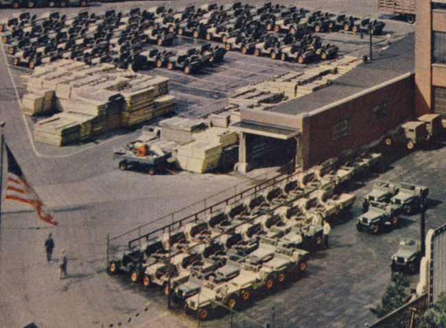 1946-08-fortune-mag-pg81-closeup-jeeps