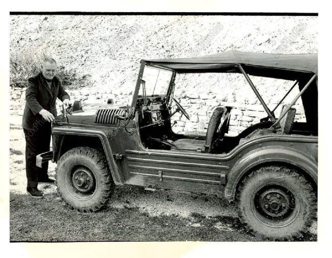 1966-austin-champ