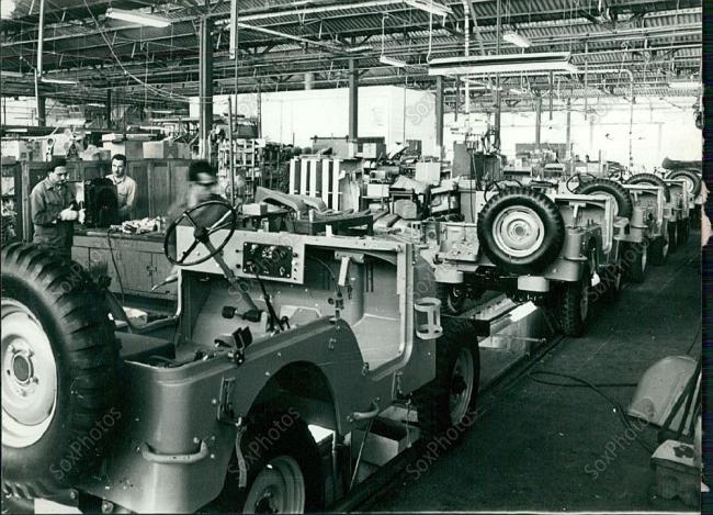 1969-haifa-israel-factory1
