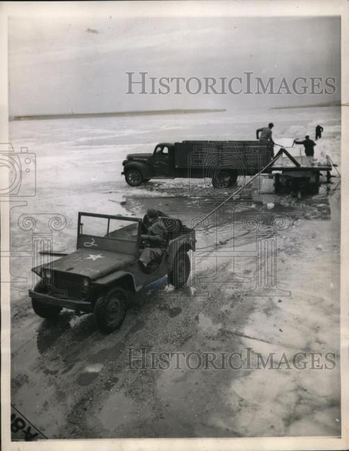1944-01-20-fordgp-lake1