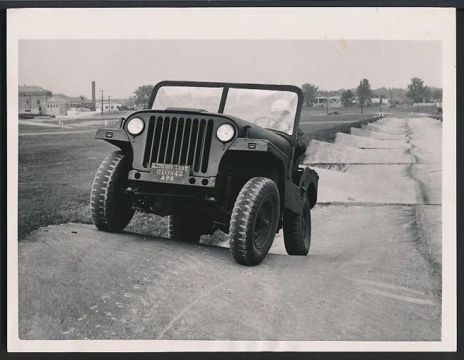 1954-01-05-areo-jeep-bobcat1