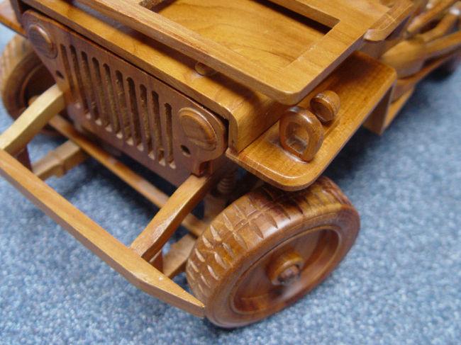 teak-wood-jeep-model0