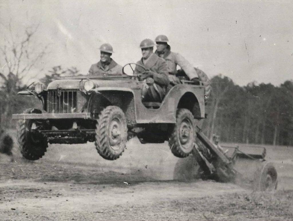 1941-04-20-bantam-brc60-37mm1