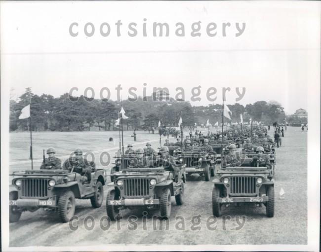 1946-03-18-jeeps-tokyo1