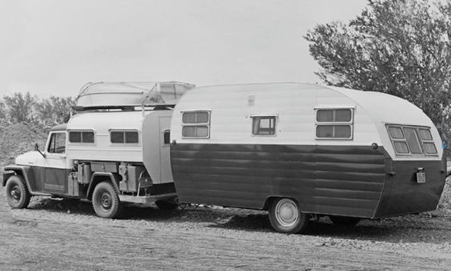 camper-canopy-1950s-fourwheeler2