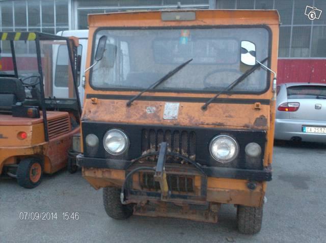 zanzi-jeep-czech2