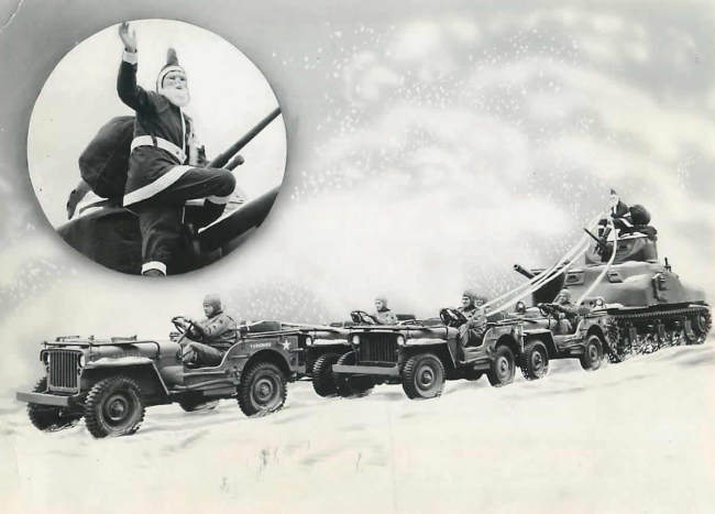 1942-12-20-fortknox-santa1