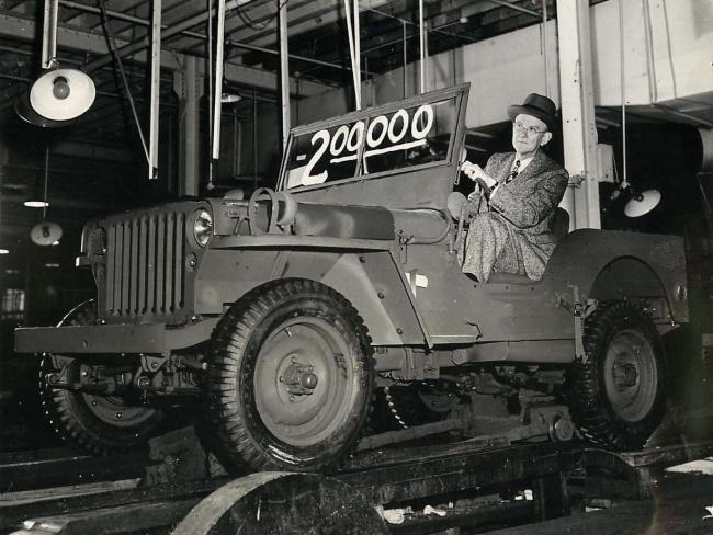 1944-04-04-200000-mb-ward-canaday1