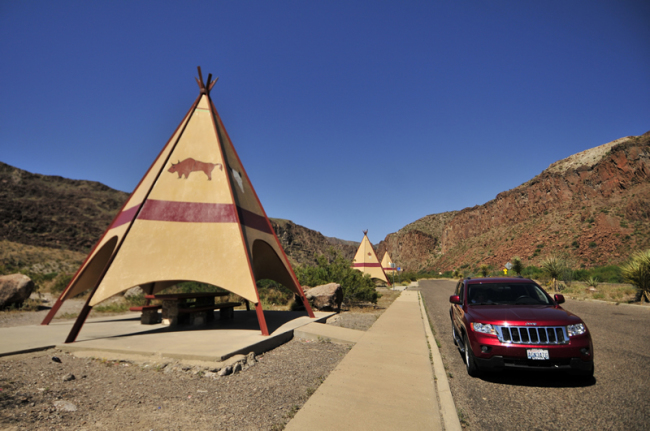 2015-04-26-teepees-picnic
