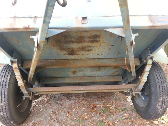 civilian-converto-trailer-underside3