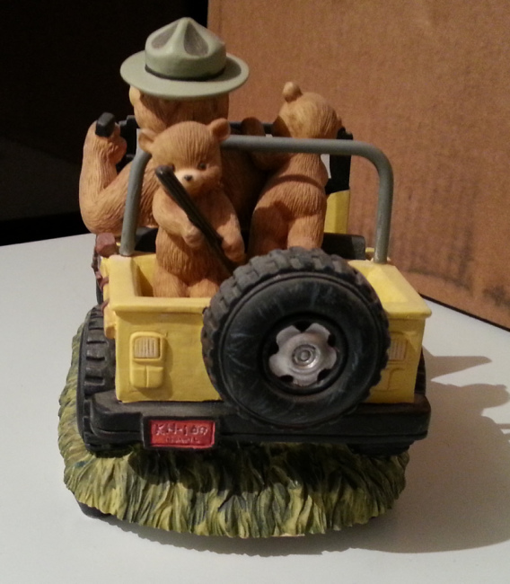 smokey-bear-music-box4