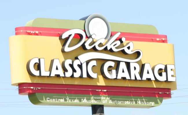 2015-05-03-dicks-classic-garage
