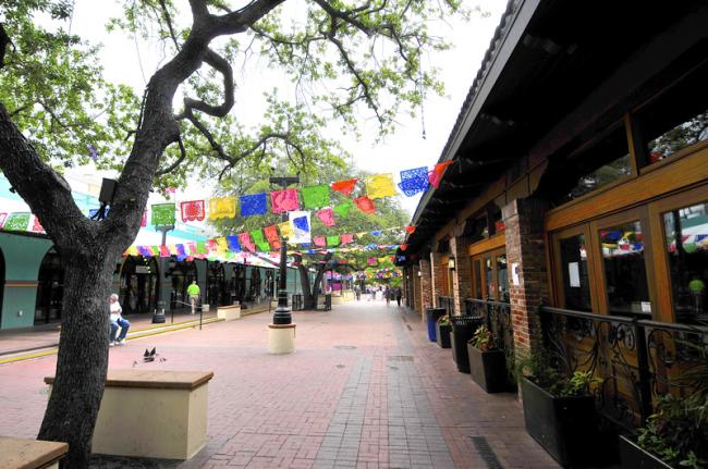 2015-05-06-market-square1