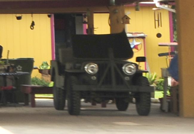 2015-05-07-mcallen-jeeps1