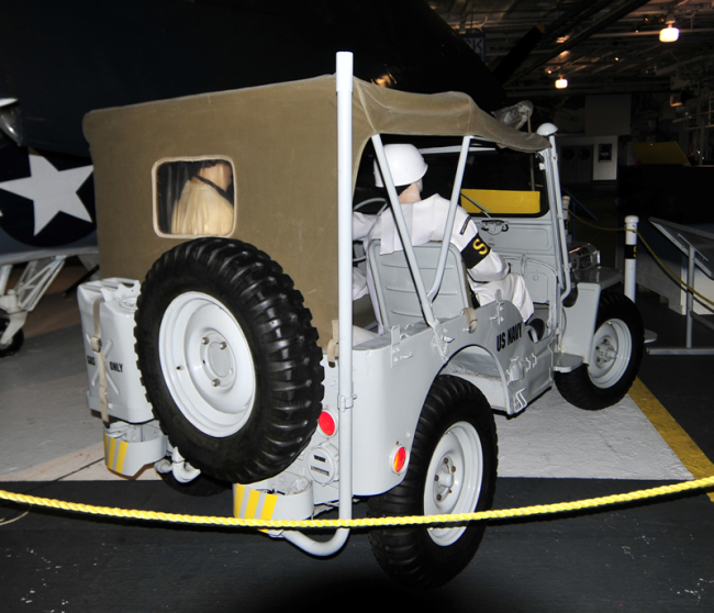 2015-05-08-usslexington-jeep1