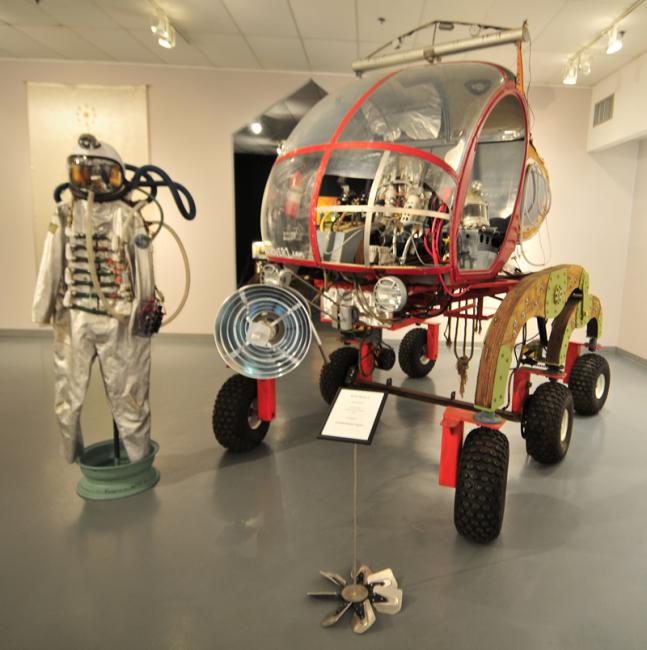 2015-05-10-art-car-museum6