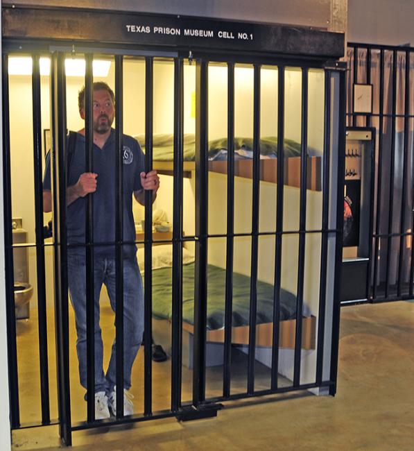 2015-05-12-huntsville-prison-museum1