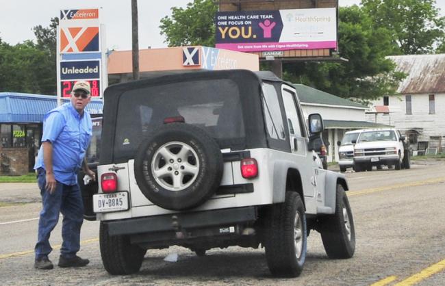 2015-05-13-broken-jeep