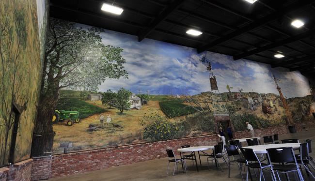 2015-05-15-american-wind-power-museum-mural1