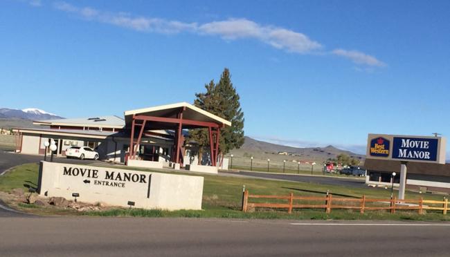 2015-05-17-movie-manor-best-western2