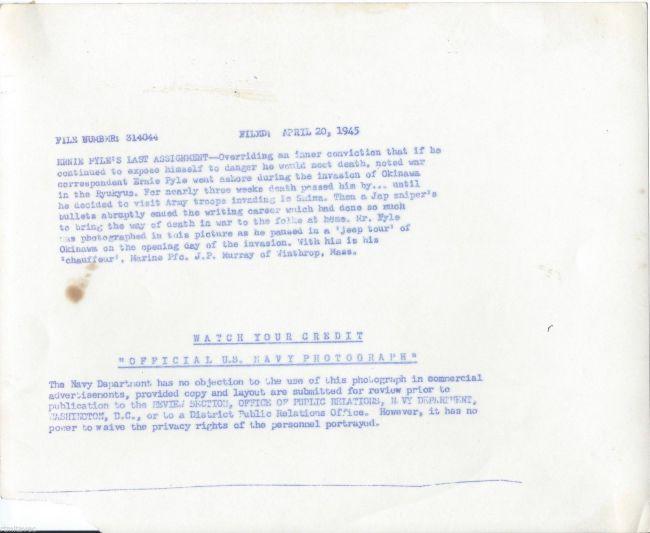 1945-04-20-ernie-pyle-photo2