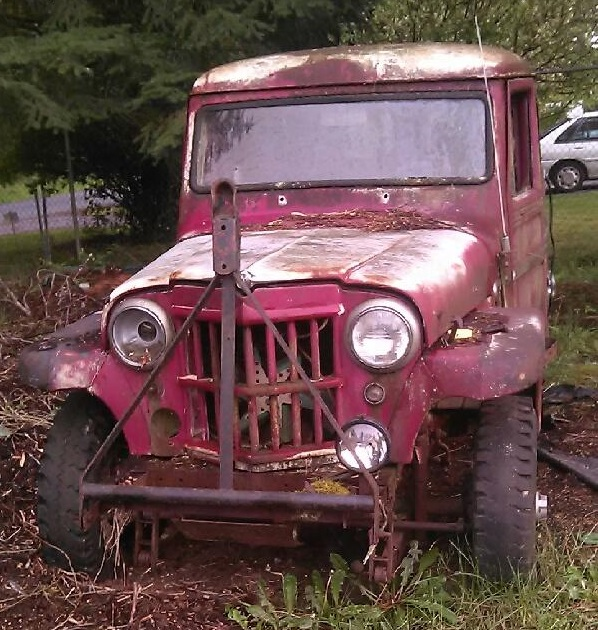 1962 Willys Traveller (Parkland, WA) 01