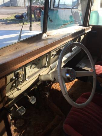 1963-wagoneer-camper-wakeeney-ks5