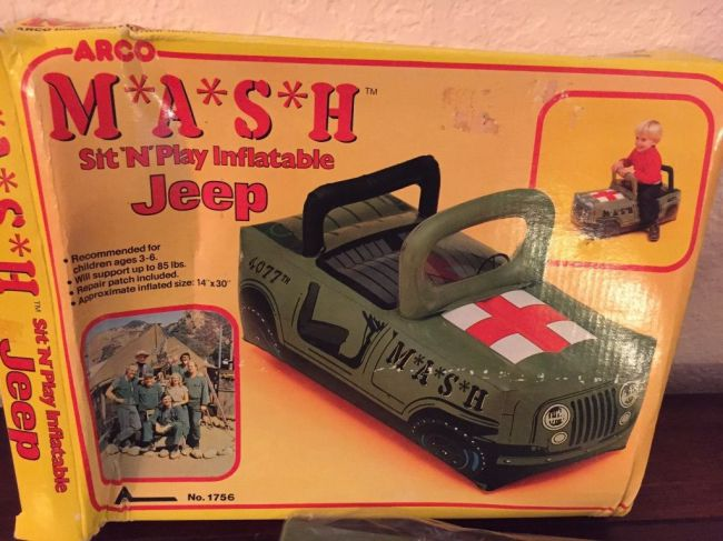 blowup-jeep-mash1