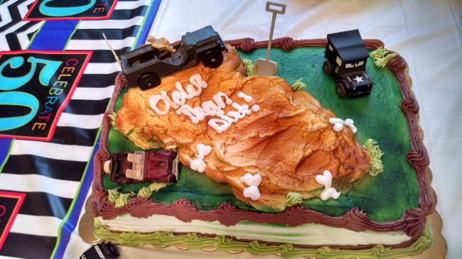 david-50th-jeep-cake-lores