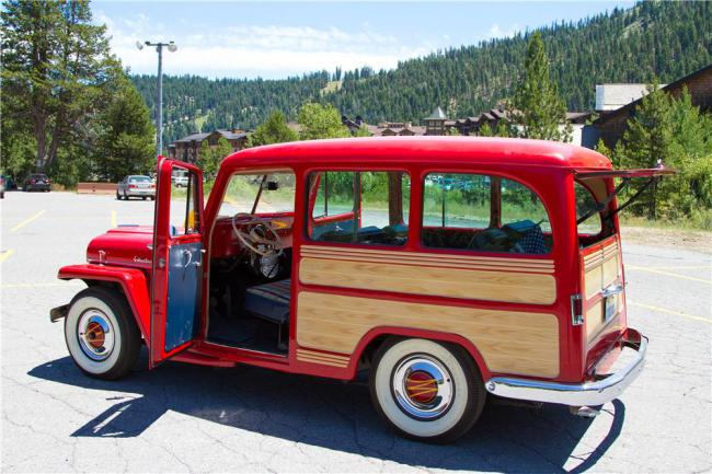 1957-wagon-barrett-jackson2