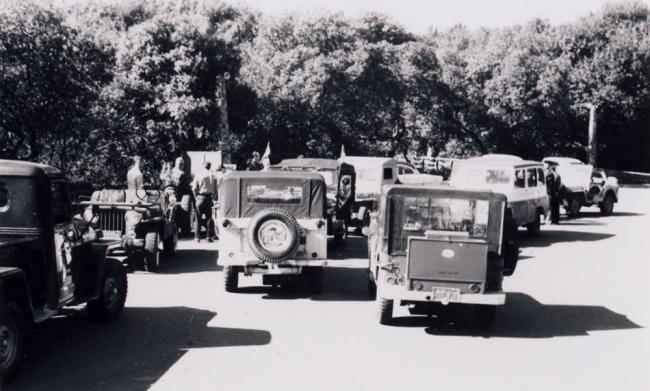 jeep-caravan-trip-1960s-14