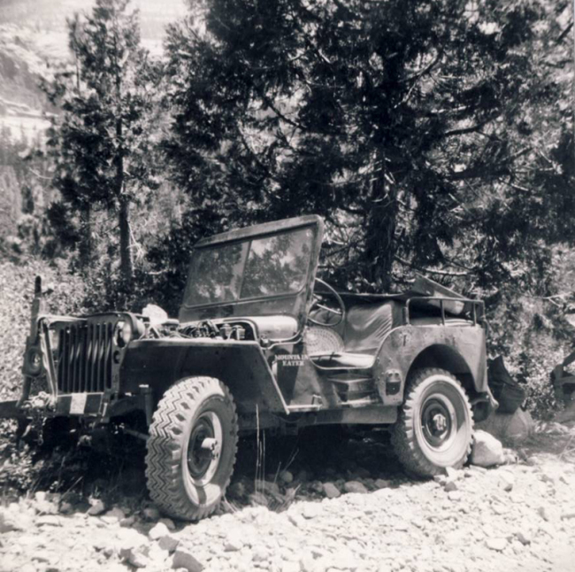 jeep-caravan-trip-1960s-6