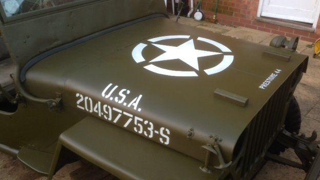 stolen-uk-1944-mb2