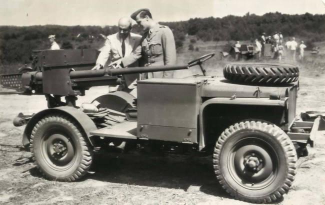 1941-08-28-t2e1-bantam-brc40-1
